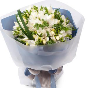 후리지아흰색꽃다발